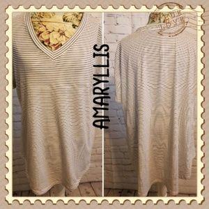 Amaryllis Striped T-shirt